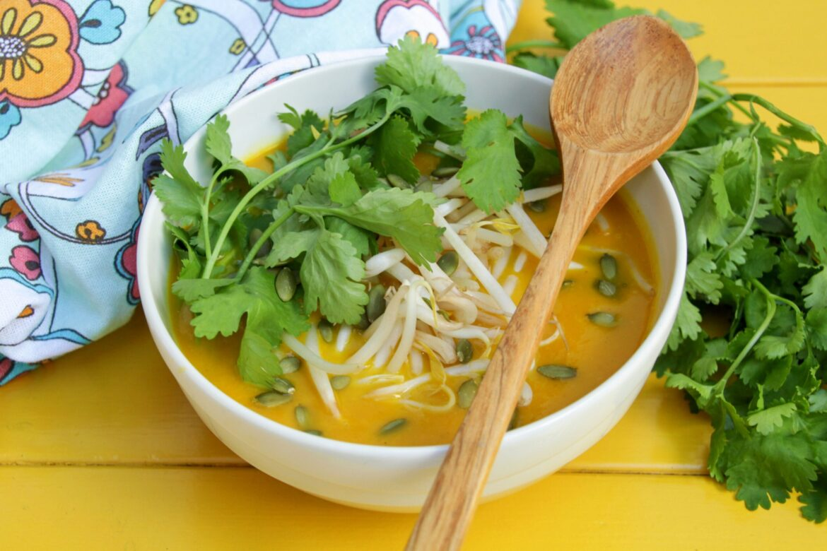 Spiced Carrot Soup (Paleo, Whole30, Low Carb)